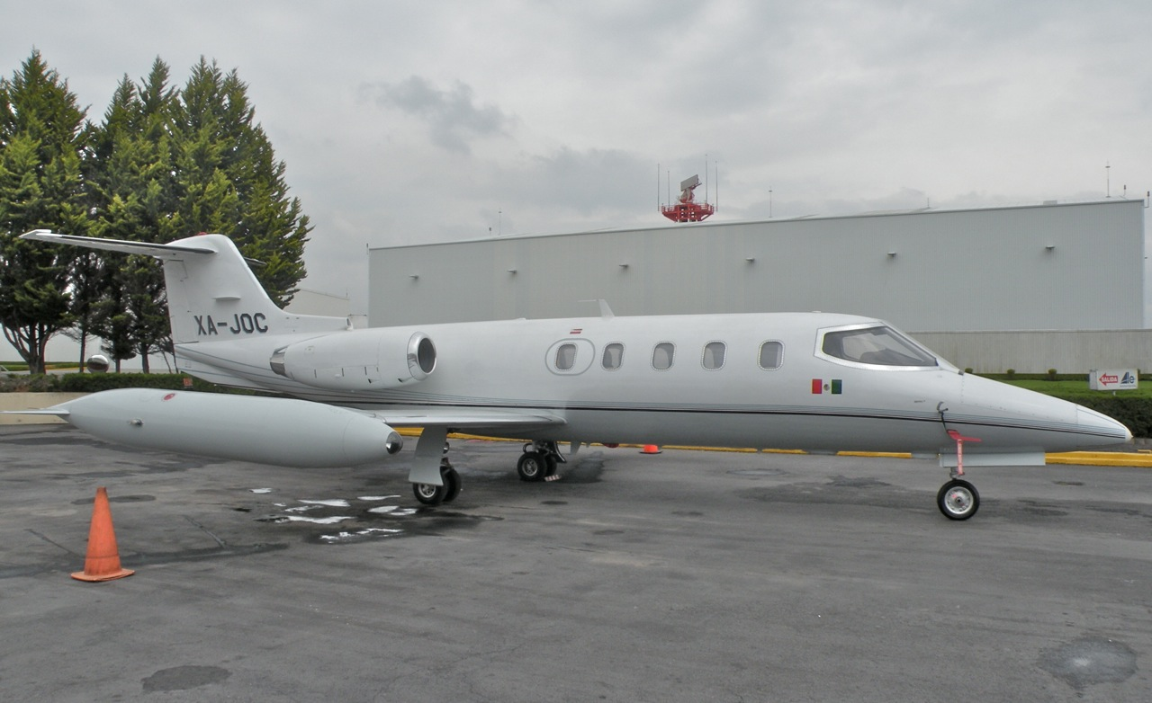 SOLD 1980 Learjet 25D sn 303